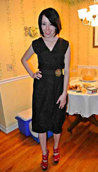 I just love a good little black dress!  :)