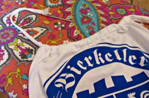 Bierkeller Dress: A T-shirt to Halter Dress Refashion 28