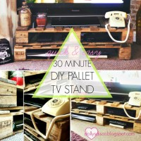 Dolly's 30 minute #DIY Pallet TV Stand