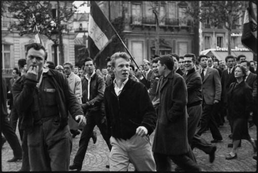 France. Paris. 13 May 1958. Demonstration pro Genral de Gaulle.