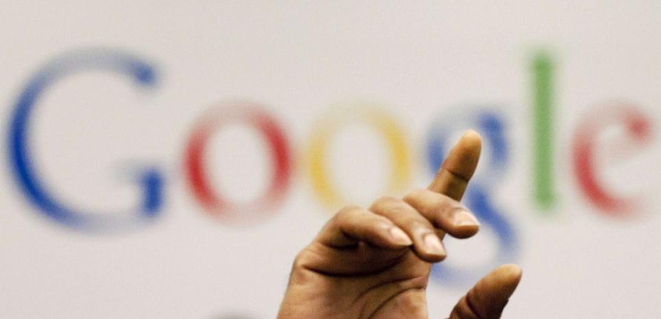 Lors d'une conférence chez Google à New York (Mark Lennihan/AP/SIPA)