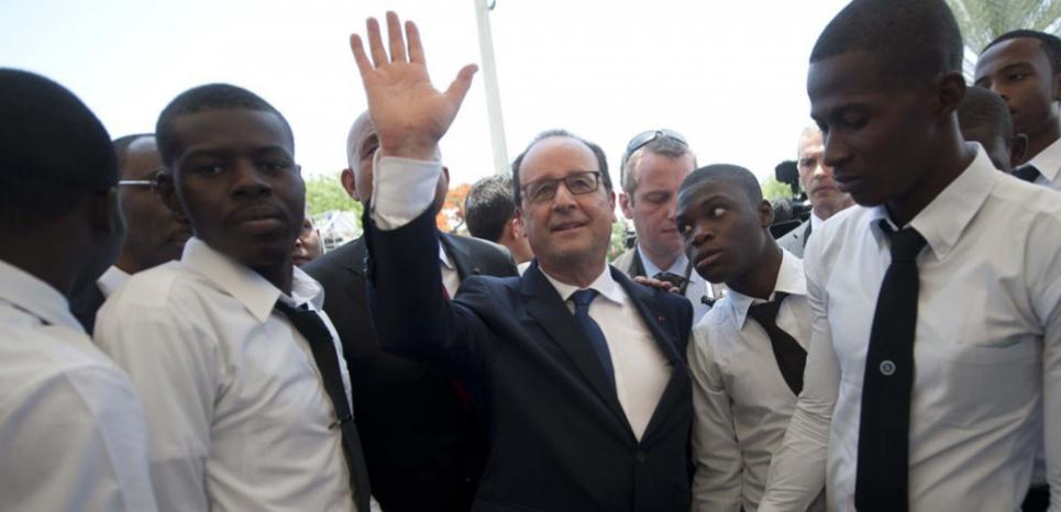 François Hollande en Haïti, mardi 12 mai 2015. (HECTORRETAMAL/AFP)