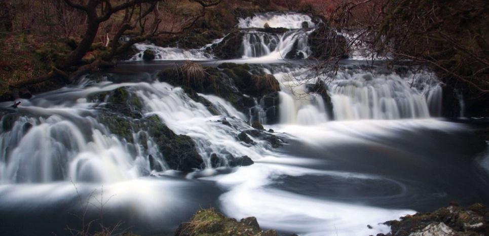 Chutes de la rivière Avich en Ecosse. Keth Fergus/Scottish Viewpo/Rex
