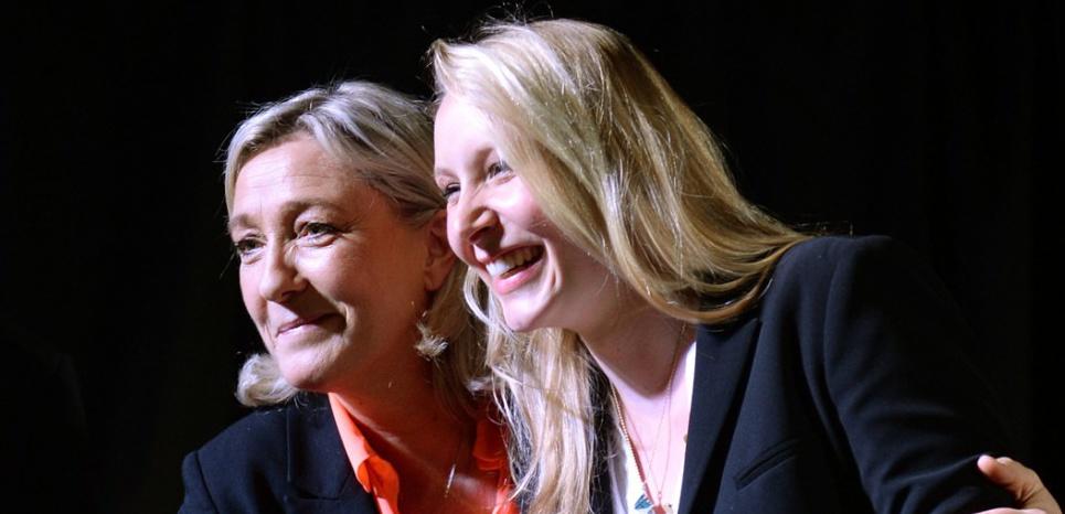 Marine Le Pen et à sa nièce Marion Maréchal-Le Pen (Anne-Christine Poujoulat / AFP)