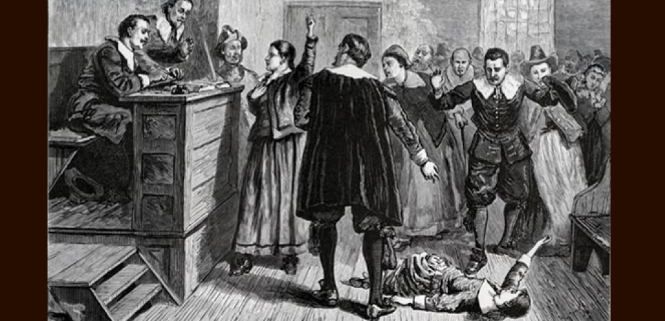 La salle où se tenait les procès des sorcières de Salem. William A. Crafts