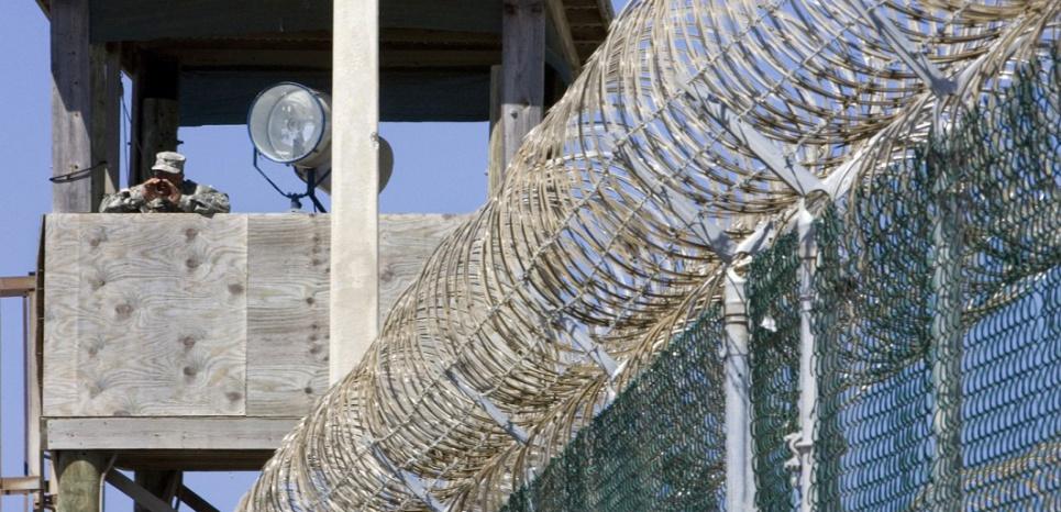Une tour de garde à Guantanamo (PAUL J. RICHARDS / AFP FILES / AFP)