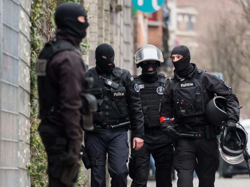 Arrestation de Salah Abdeslam : les images de l'opération policière