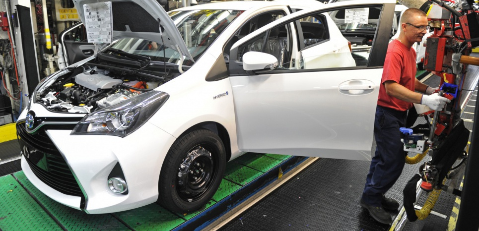 Une ligne de production de voitures Yaris (Toyota), à Onnaing (Hauts-de-France). AFP