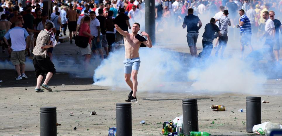 Euro 2016 : Violences à Marseille, un supporter anglais entre la vie et la mort