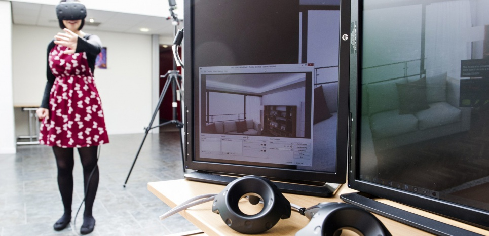 Test d'un casque HTC Vive à la Staffordshire University. Jon Thorne Photography/Staffordshire University