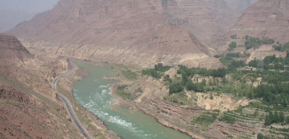 Les gorges de Jishi, sur le cours du Fleuve Jaune, dans la province de Qinghai, où auraient été trouvées les preuves d'une inondation 1900 ans avant notre ère. CREDIT: Qinglong Wu - Nanjing Normal University