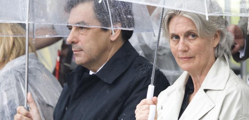 L'épouse de Fillon aurait gagné 500.000 euros comme attachée parlementaire