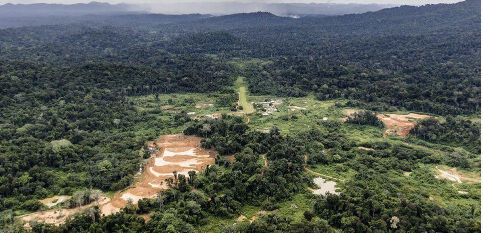 Drainage acide, rupture de digues : la Montagne d'or va t-elle dévaster la Guyane ?