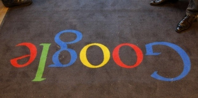 Google Illustration (Jacques Brinon/NBC/AP/SIPA)