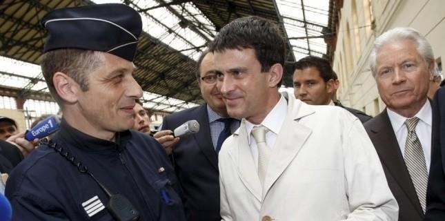 Le ministre de l'Intérieur Manuel Valls lundi 21 mai à Marseille (AFP/ Philippe Laurenson)