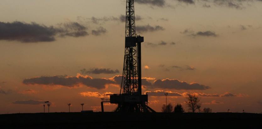 Un puits de gaz de schiste en Pologne, le 28 novembre 2011. (Kacper Pempel/REUTERS)