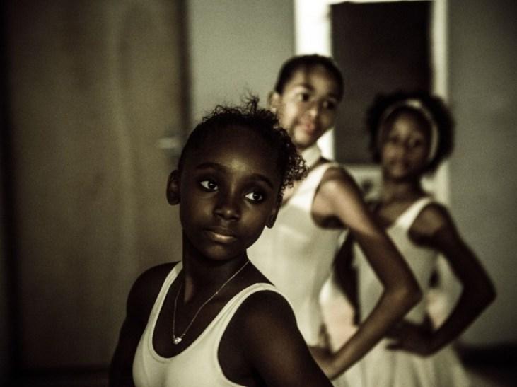 Portrait d'Ester, 11 ans, l'une des sœurs de Tuany.