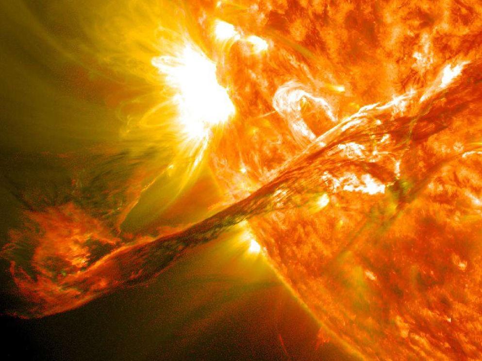 Éruption solaire, août 2012