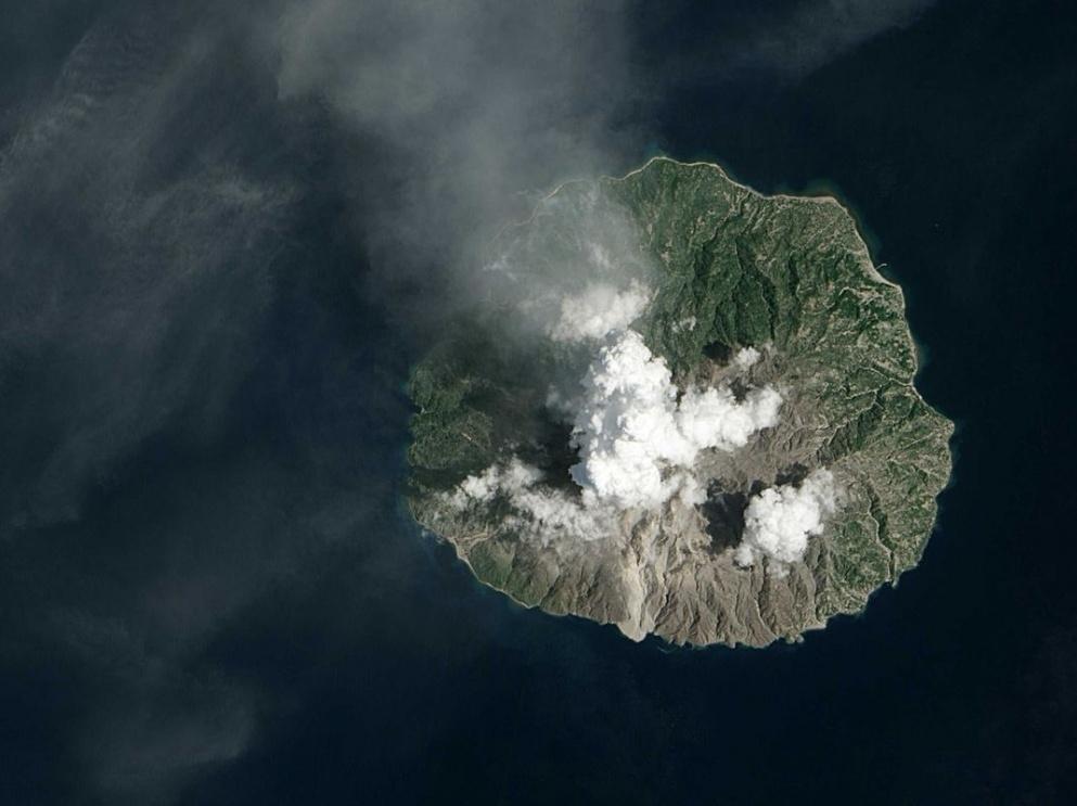 Volcan indonésien Rokatenda, 2013