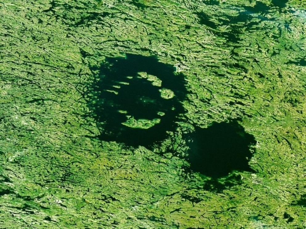 Lac à l'Eau Claire, Canada