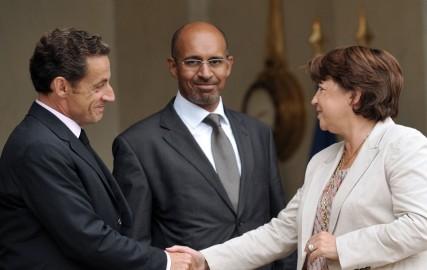 Martine Aubry et Nicolas Sarkozy sur le perron de l'Elysée, le 9 septembre 2009 (ERIC FEFERBERG / AFP)