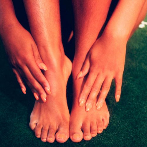 Caring for Your Feet in Between Pedicures