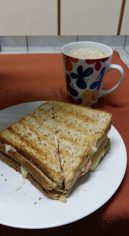 small-pleasure-tea-and-toast
