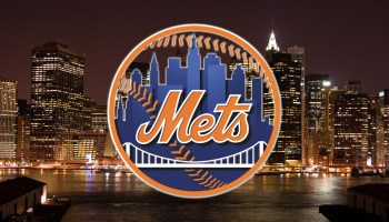 New York Mets logo and Manhattan skyline