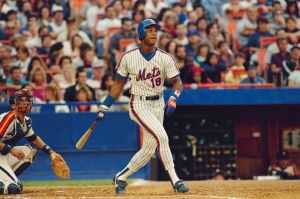 Darryl Strawberry, New York Mets Photo Credit: L.A. Times