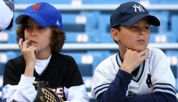 Mets and Yankees Fans of Today (Photo Credit) www.sportsonearth.com