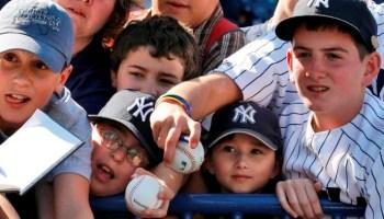 Yankees Fans (Photo: NBC 10)