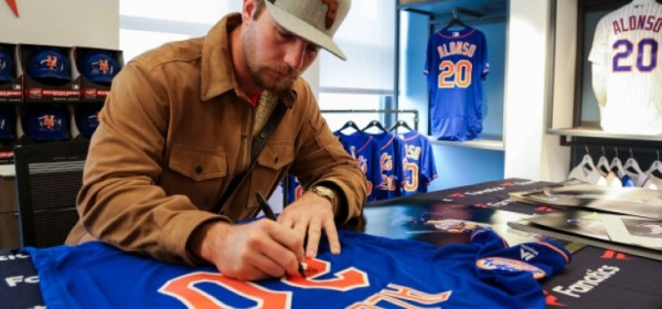 Pete Alonso Inc, In partnership with Fanatics (Photo: New York Post)