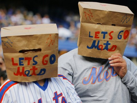 Mets Fans Hanging In There? (Photo: unclemikes musings.com