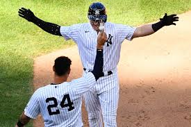 Luke Voit Does it again for the Yankees