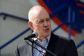 Sandy Alderson: Someone has to take the heat with deGrom