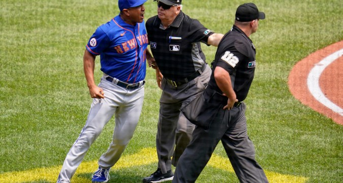 Mets Manager Luis Rojas Goes Ballistic - Team Wins