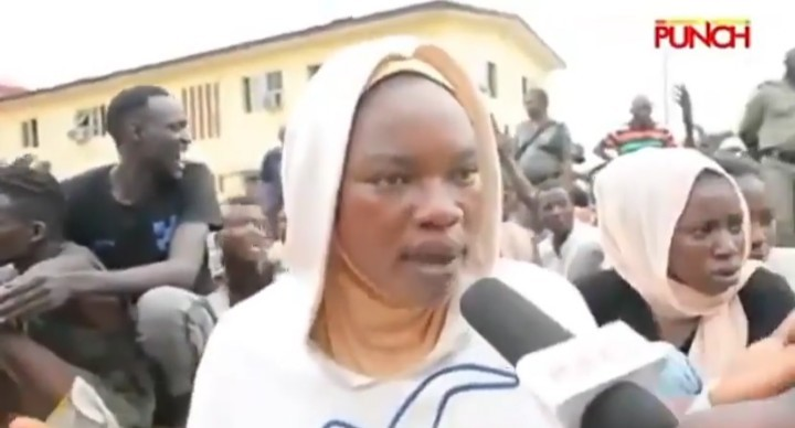 Photo of Looting: Mother of Four Arrested By Police, Says She is Innocent [Video]