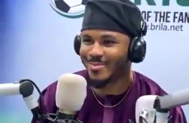 Ozo Plays and Dances to Vee's Single Showon His Sport Show [Video]