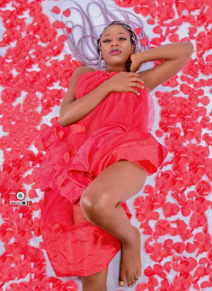 More Romantic and S e x y Pictures From Bayelsa-Born Model, Blessing