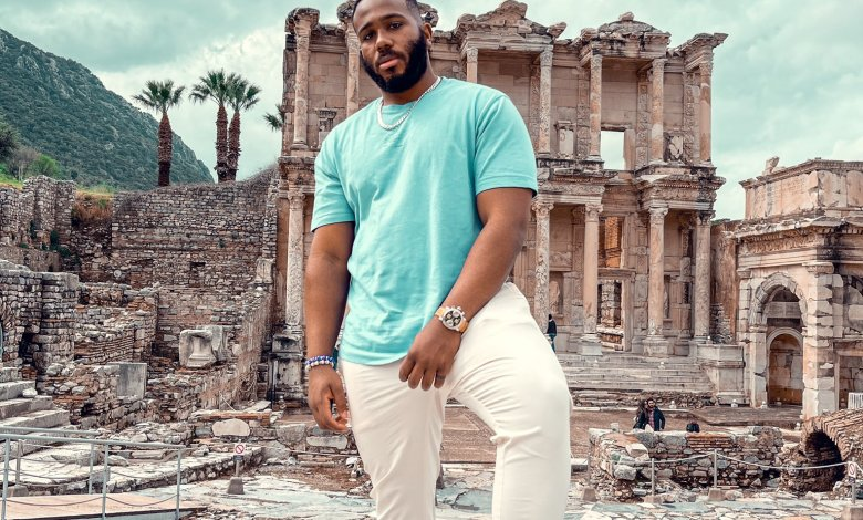 Kiddwaya Releases New Photos While in Israel With Poetic Lines