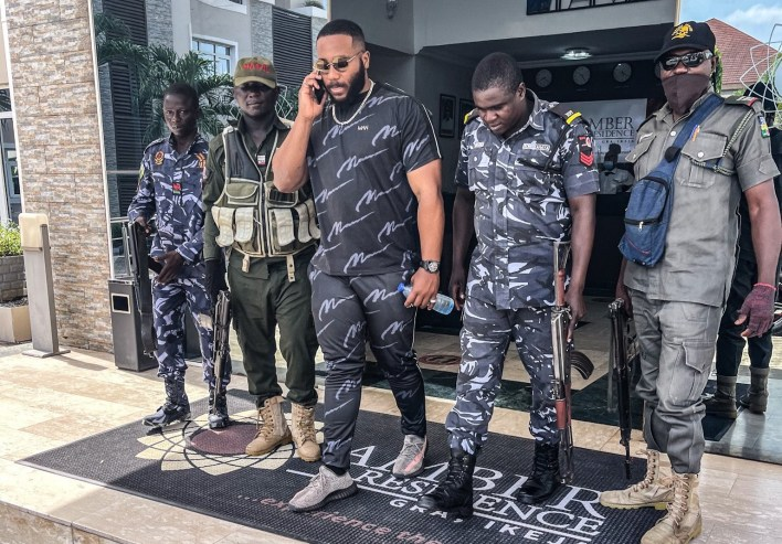 Kiddwaya Shows Off With Police Officers at His Residence
