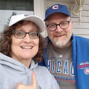 Keith and Kim Ready for Cubs Season