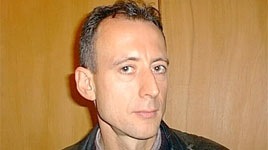 tatchell_tussles_with_hizb_ut-tahrir