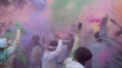 more color crowd shot