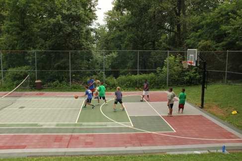 Men_Retreat_Basketball