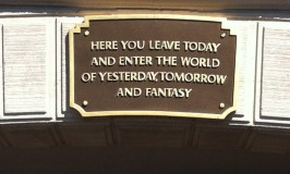 I heart Disneyland!