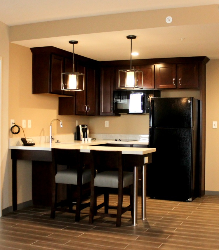 This full kitchen makes an extended stay even more luxurious!