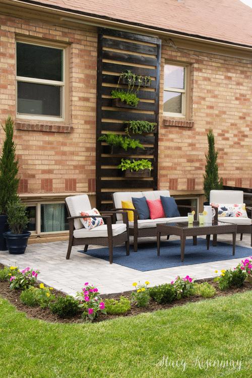 summer-patio-floral-pillows