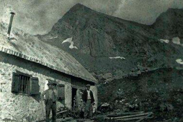 le refuge d'Estagnous - au debut de 1900