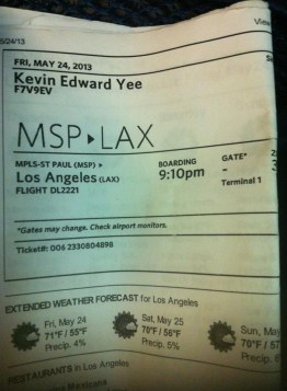 air-travel-ticket-to-la